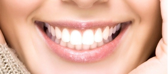 How to make your teeth whiter? Yellow teeth turn into white in 5 days!